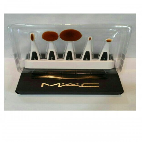 5 Piece Brush Set MAC With a Stand